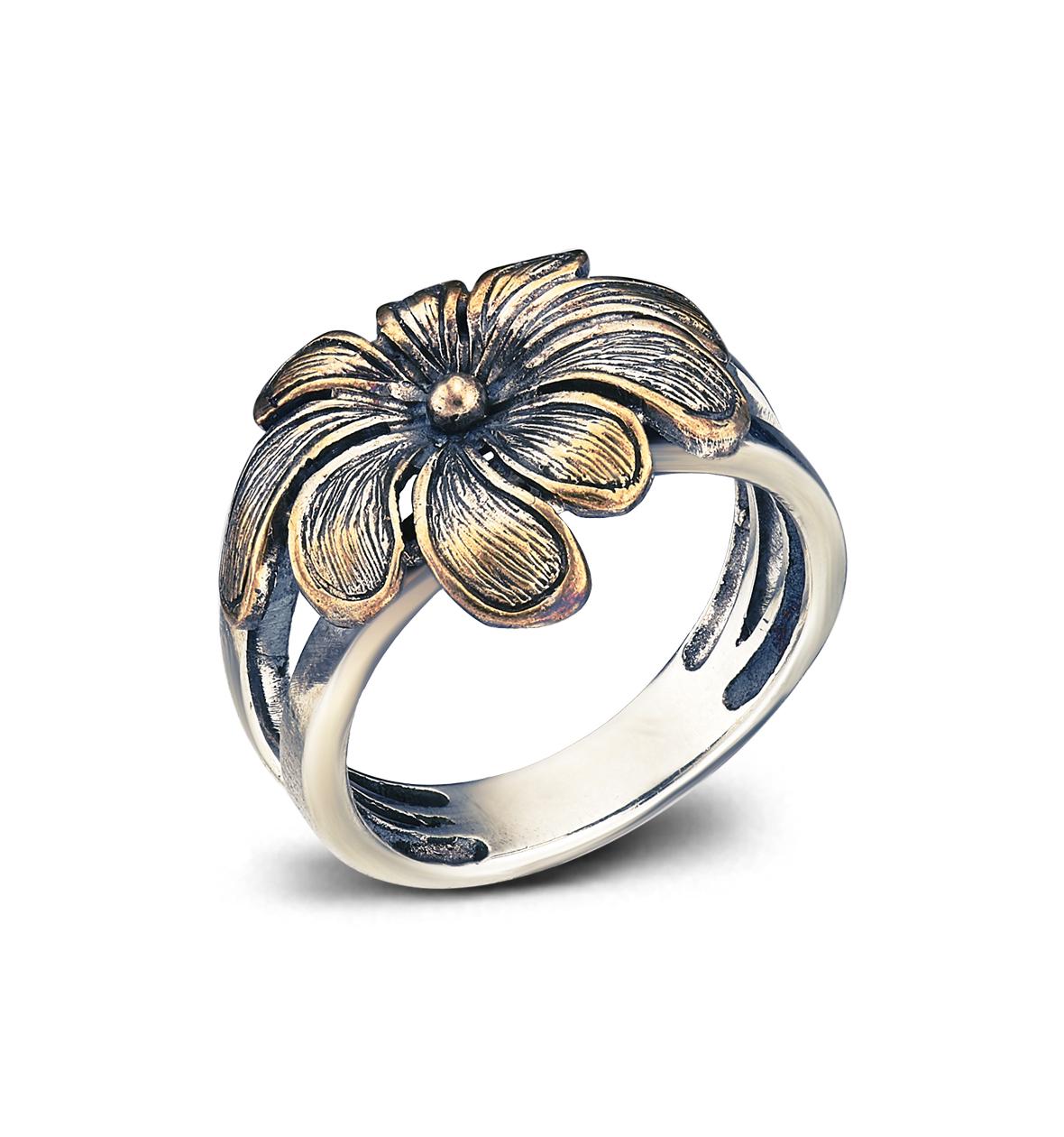 Кольцо с цветком ромашкой