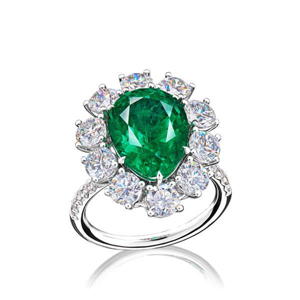 Drop Shape Emerald Diamond Ring